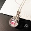 pendentif boule de noel en verre pour les fêtes de fin d'année