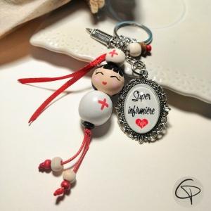bijou de sac personnalisé super infirmière poupée faite main