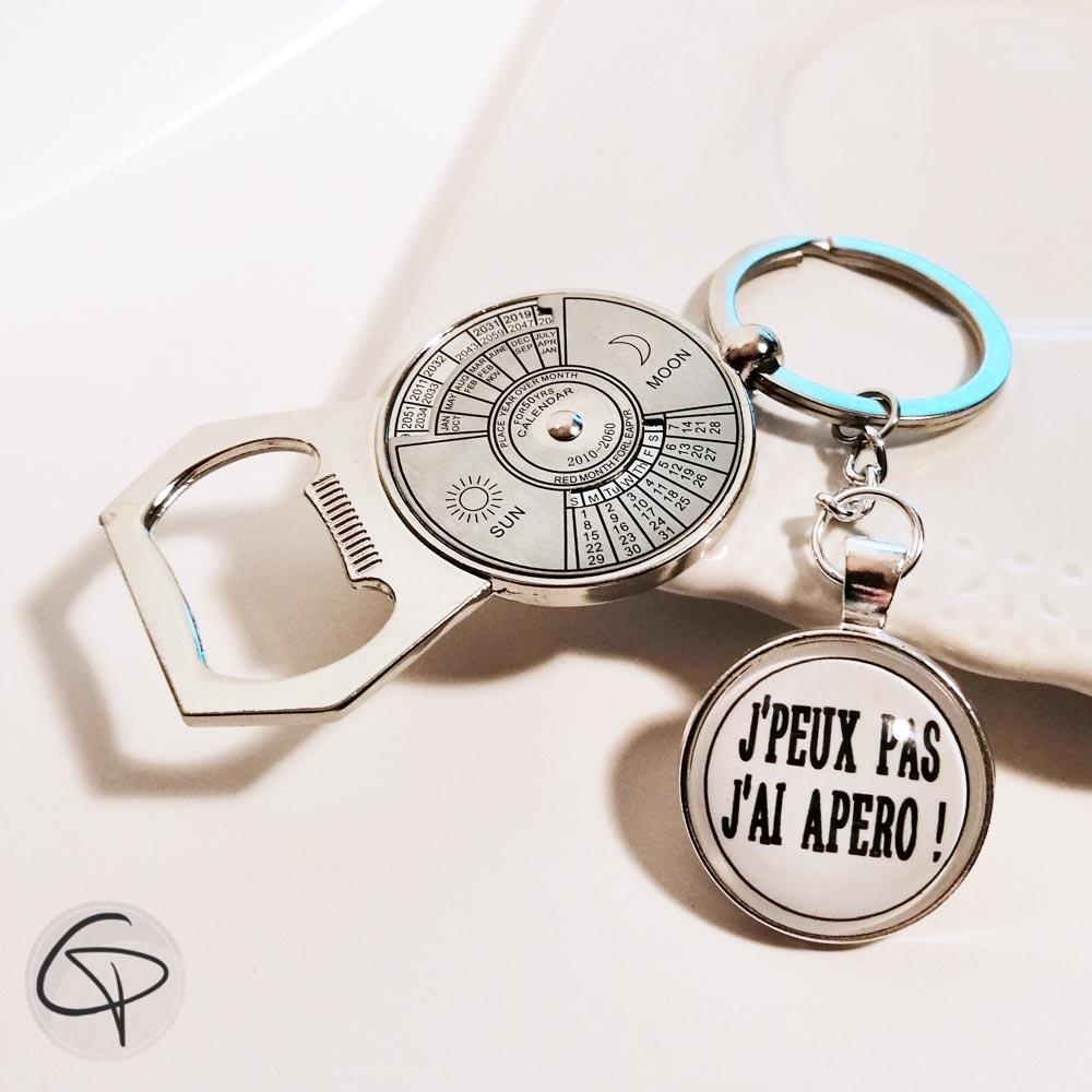 porte-clef décapsuleur ouvre-bouteille original avec calendrier perpétuel