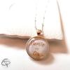 Pendentif mamie d'amour dans médaille de collier argenté original