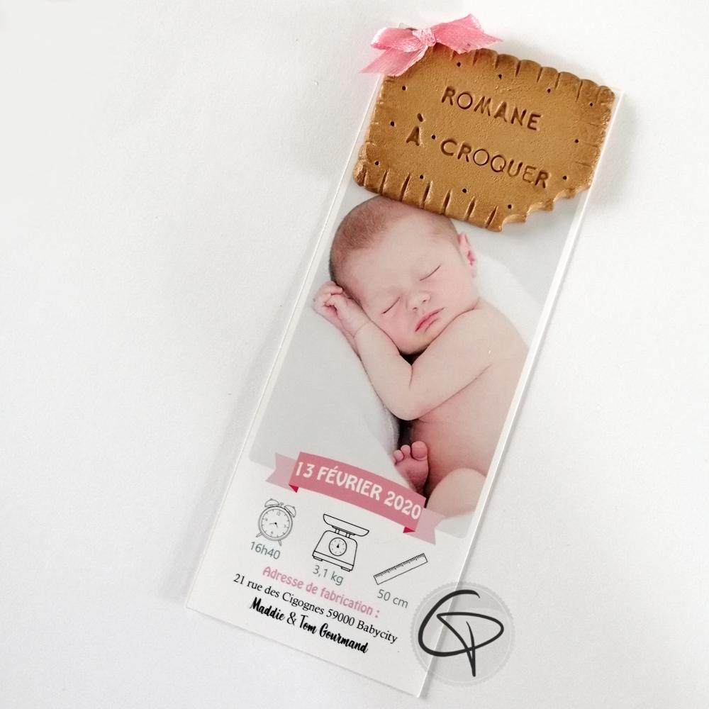 Faire-part de naissance fille format marque-page avec un biscuit fait main
