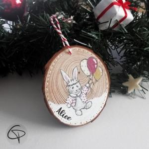 Suspension en bois pour sapin de Noël avec lapin peint artisanalement