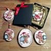 Biscuit de Noël avec parchemin personnalisable à suspendre dans le sapin