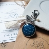 Cadeau original de Saint Valentin porte-clef gps rencontre coeur médaillon bleu