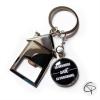 Porte-clef décapsuleur maison avec médaillon message personnalisé