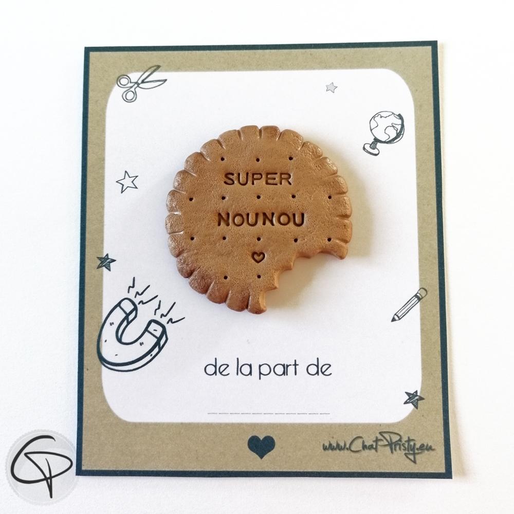 Biscuit aimanté super nounou pâte fimo