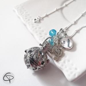 Sautoir bola de grossesse clé de sol perles bleues en cristal