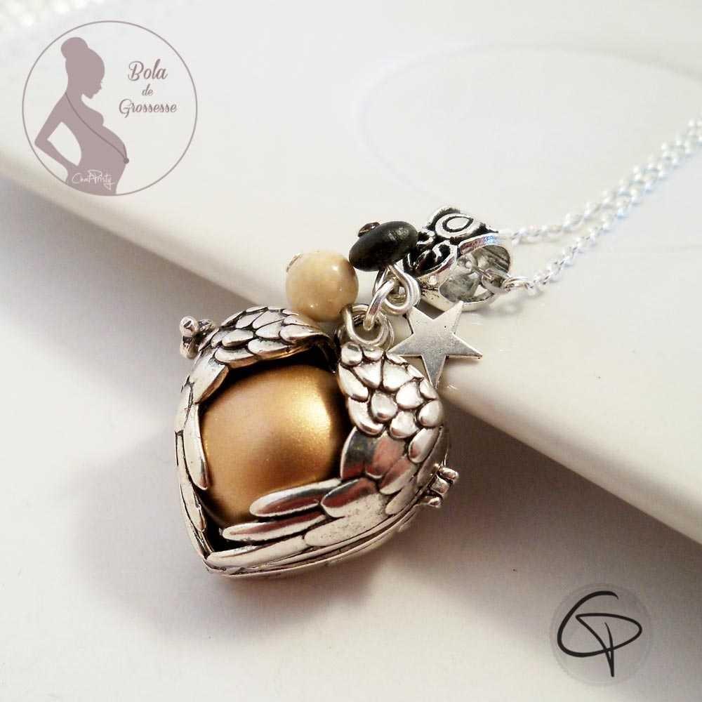 Sautoir bijou de grossesse argenté avec une perle musicale apaisante pour bébé