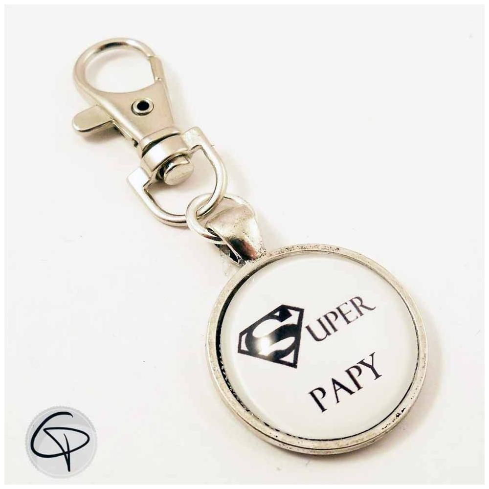 Porte-clef original à offrir en tendre présent à son Super papy