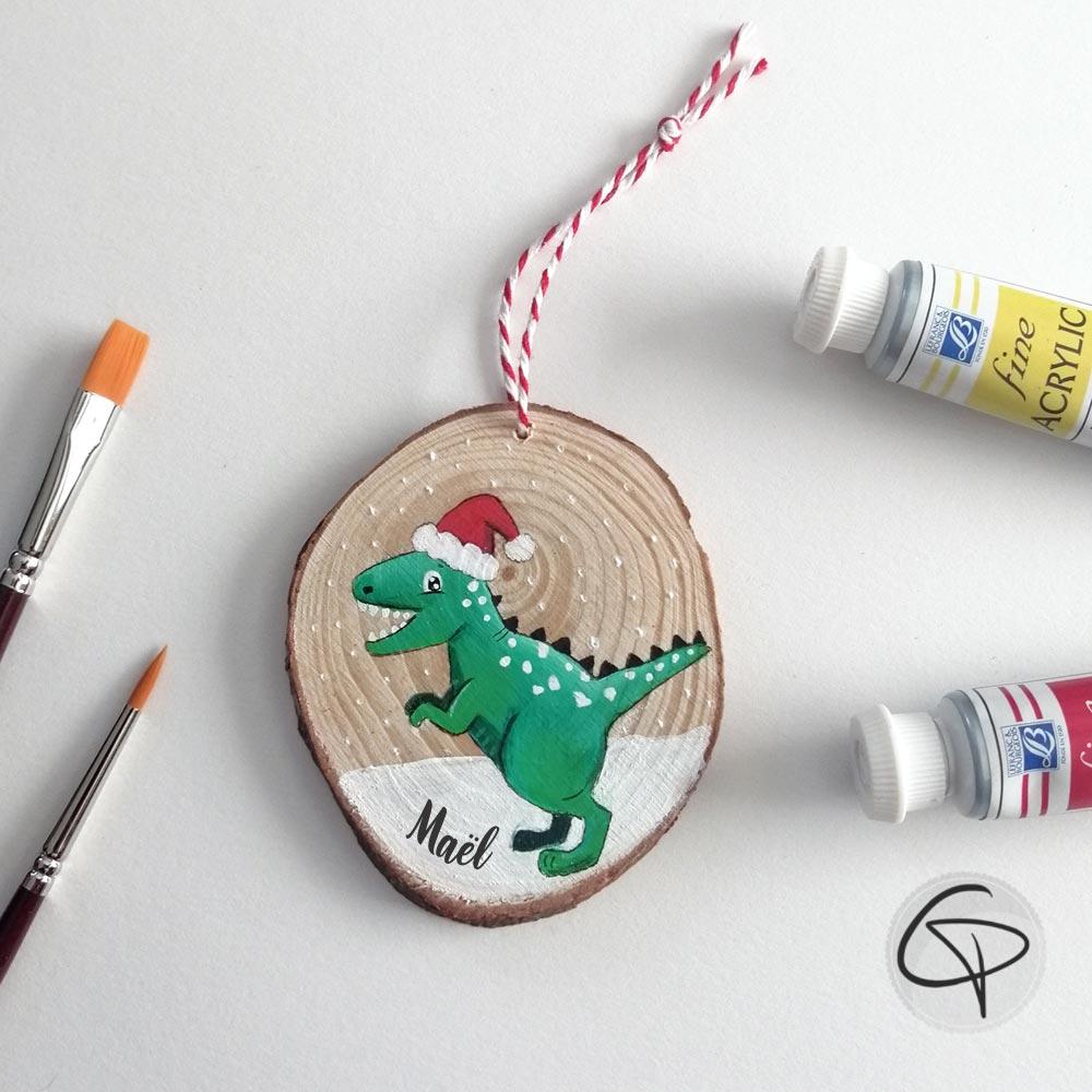Décoration originale de sapin Noël avec dinosaure à personnaliser avec un prénom